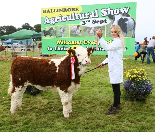 Ballinrobe 2017 Western Club YISA Senior Stockperson, Jodie McGeever, Swinford with 'Zelda Jade' Photo: © Michael Donnelly