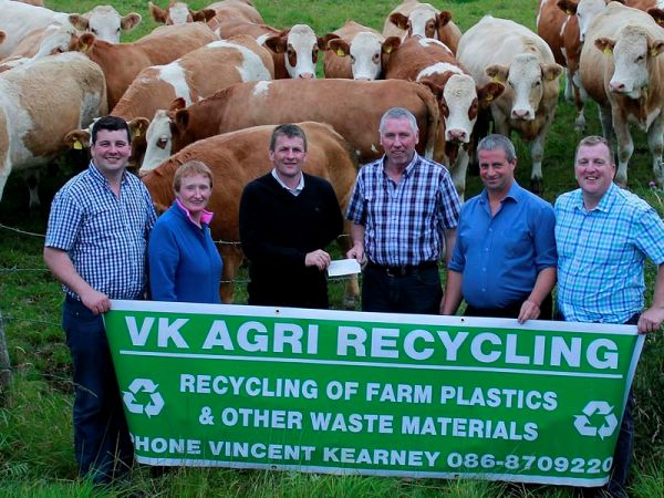 Pictured at the Launch of the VK Agri All Ireland Simmental X Heifer Final to be held at Bonniconlon Show are from l-r: John Anderson PRO, Ann Corcoran Secretary, Eddie Cronion Chairman, Vincent Kearney Sponsor VK Agri, Joe Jordan Bonniconlon Show and Gerry Lenehan Council Member from the Irish Simmental Cattle Society.